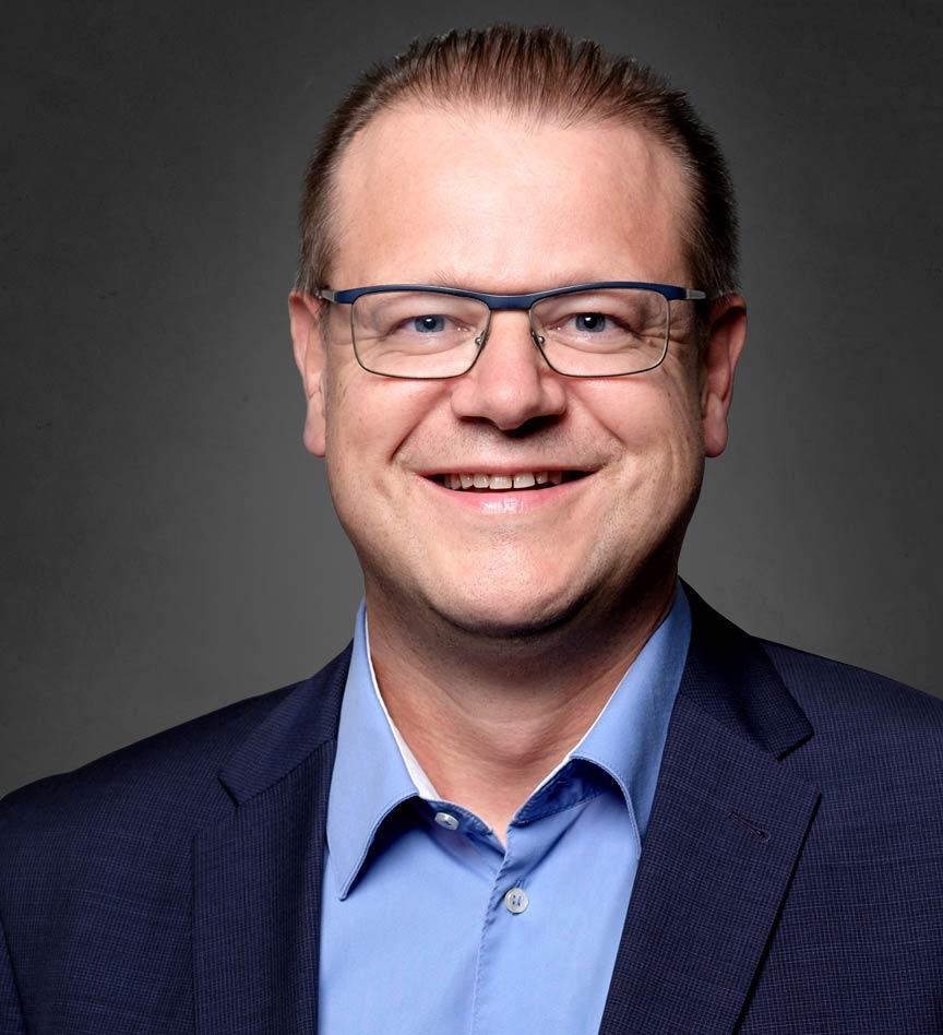 Bernhard Stephan WEKA BUSINESS INFORMATION & EDUCATION Bereichsgeschäftsführer / CEO WEKA Group, Schweiz